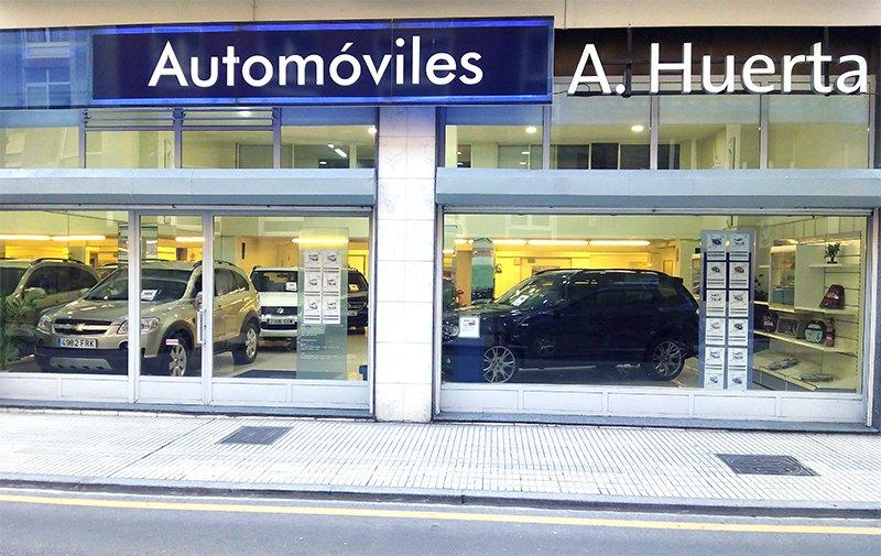 Exposición automoviles huerta
